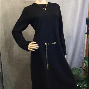 Elegant Nina Leonard dress